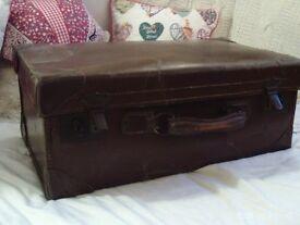 antique leather suit case 56 x 33 x 23 cm