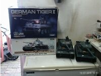 4 REMOTE CONTROLLED TANKS BOXED VGC