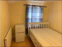 🏘 DOUBLE SINGLE ROOM AVAILABLE 🏡 UPPER ROAD 🚉 PLAISTOW 💗