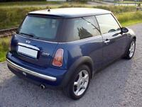 2005 MINI Mini Cooper Hatchback LOW KMs Great used car!