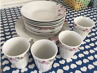 Brand New 12 Piece Dinner set with 4 Cups