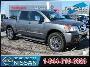 2013 Nissan Titan SL 4x4 Crew, Leather, Automatic, V8, Low KM