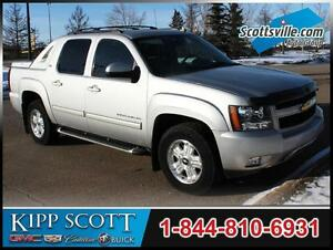 2011 Chevrolet Avalanche LT, Heated Leather, Sunroof, Trailering