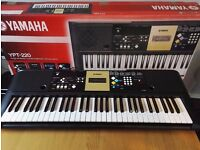 Yamaha YPT-220 Digital Keyboard