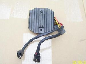 Triumph Daytona Speed Four Sprint Tiger regulator rectifier volt