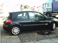bargain 2006 RENAULT MEGANE MOT TILL LATE NEXT YEAR DRIVES VERY WELL