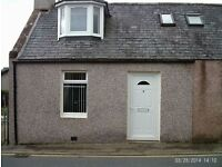 Lovely End Terraced 2 bedroom house for rent (centre of Turriff)