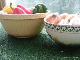 2 large mixing bowls