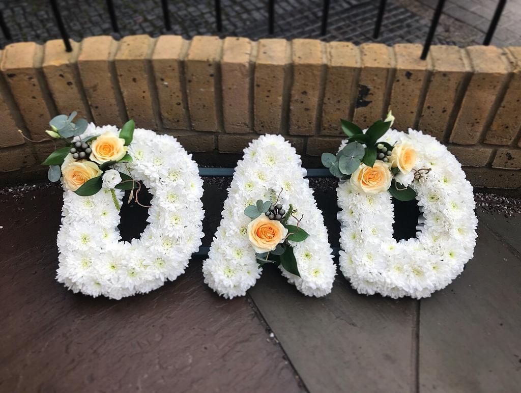 Funeral flowers in acton london gumtree funeral flowers acton london izmirmasajfo Images