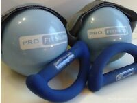 2 set of hand held training weights