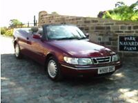 Saab 900 SE Convertible In Red With Black Roof . 1995 N reg. Fully Electric Roof, Re