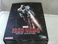IRON MAN FIGURE BOXED