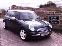 Mini Cooper In Green, 2002 02 reg, Serviced History, 11 Service Stamps, Last Service 28th March 2017