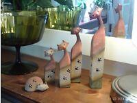 set of 5 cat ornaments 23 cm tall