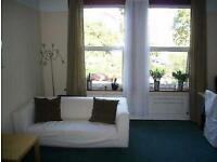 1 bedroom flat in Castlebar Road Ealing Broadway, Ealing Broadway
