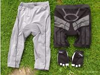 2 pairs of padded cycle shorts and gloves small/medium unisex