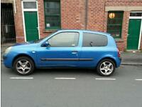 * SORRY PREVIOUSLY HAD WRONG NUMBER DISPLAYED* Renault clio dynamic 1.1 16v