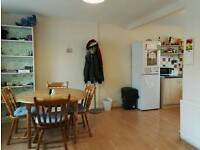 2 Bedroom Flat, Central Peebles