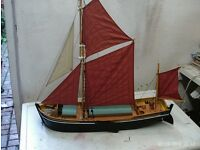 THAMES SAILING BARGE VGC VERY DETAILED 07985733189