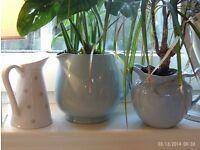 3 ceramic planteres / jugs