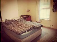 Large double room LU1 5BU