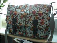 owl satchel / laptop bag approx 36 x 30 cm