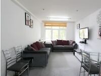 *****BEAUTIFULLY PRESENTED TWO BEDROOM FLAT***** *****DOUBLE ROOMS***** *****MODERN & BRIGHT*****
