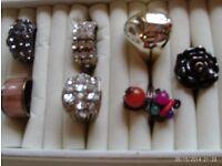 7 costume rings