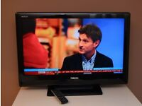"""Very nice 32"""" TV, HDMIs, built in FREEVIEW, remote ! FULLY WORKING ! VERY GOOD CONDITION !"""
