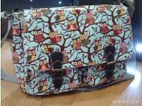 owl designs satchel / laptop shoulder bag 36x30cm