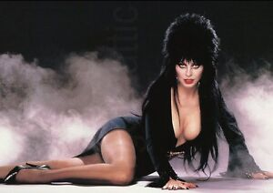 ELVIRA !!!    SEXY POSE PHOTO    A3 PRINTED POSTER