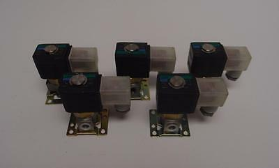 Ckd Fwb41 Water Solenoid Valve 72 Psi 24 Vdc Lot Of 7 3890