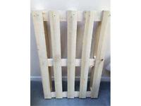 Wooden pallets x6