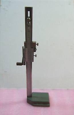 Mitutoyo Metric 300mm30cm Height Gauge 0.02mm Gage
