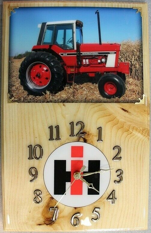 International 1086 Wood Clock