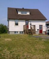 4 bedroom 2 bathroom close to Boreal!