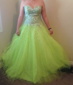 LIME GREEN GRAD DRESS