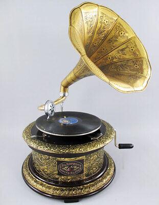 VINTAGE PHONOGRAPH, HORN GRAMOPHONE RETRO MUSIC-MACHINE, GRAMMOPHON GOLD-VERSION