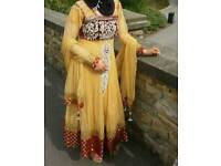 Asian woman wedding dres