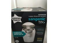 Tommee Tippee Sangenic Tec Nappy Disposal Bin White and Refills
