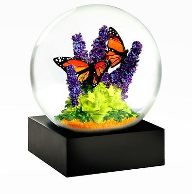 CoolSnowGlobes Monarch Butterfly Chillingly Beautiful Glass Snow Globe Collectable
