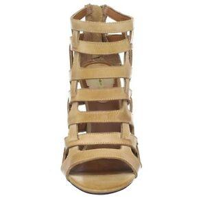 Max Studio Shoes, Elaine Sandals Kitchener / Waterloo Kitchener Area image 2