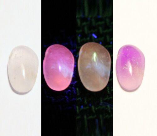 0.35ct Tenebrescent Hackmanite Cabochon Rare Fluorescent with Colour Change