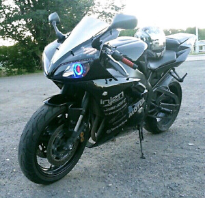 2002 YAMAHA R1 **PRICED FOR QUICK SALE**