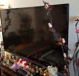 Excellent Toshiba Flat Screen HLCD TV