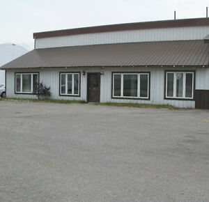 2700 sqft Storage Office/shop space for Lease/rent