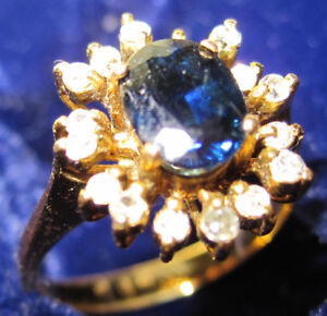 Lady's Beautiful Blue Sapphire and Diamonds Ring