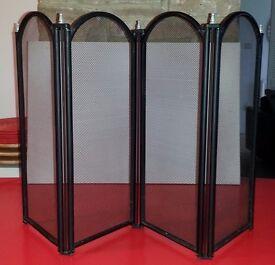Modern zig-zag Fireguard (Black) for sale