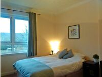 SHORT TERM LET AVAILABLE - All Bills Included - Two Bed Flat in Paisley - Close to M8 & Hospitals