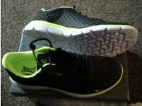 Size 9 Everlast Turbo